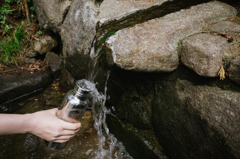 ふれあいの里近くの湧き水